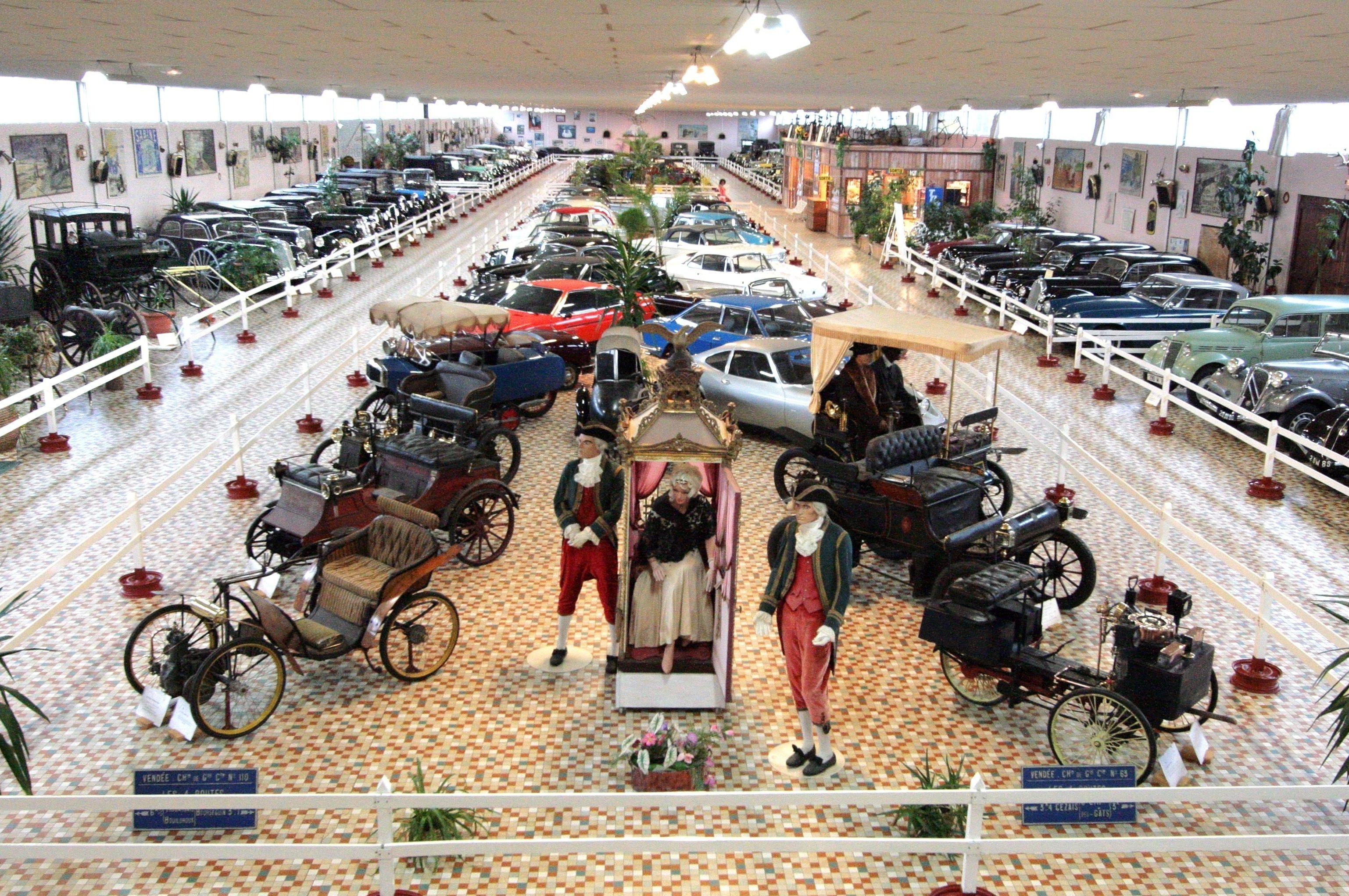 Intérieur Musée Automobile de Vendée - © Non Stop Concept