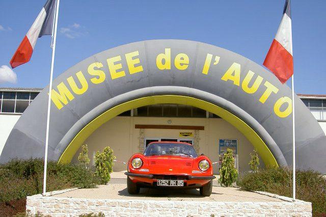 Entrée musée automobile de Vendée
